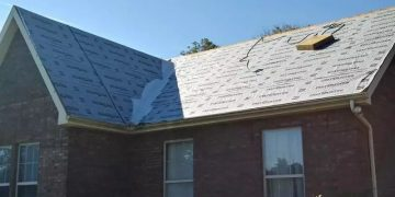 Fall Roofing Pro Tips with a Maryville Roofer